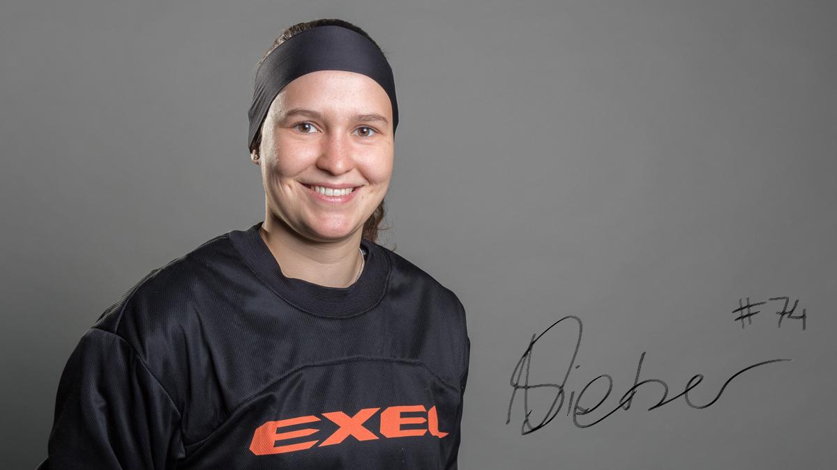 Goalie Nicole Sieber hat für eine weitere Saison unterschrieben